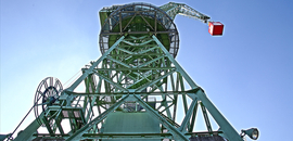 Eber assembly crane with observation deck